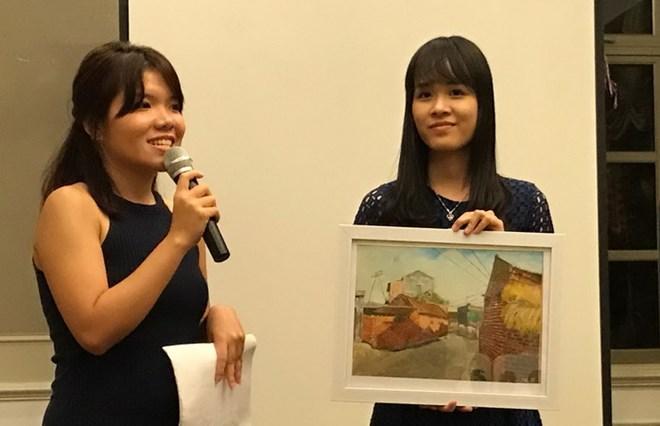 Quỹ Hoa Phong Lan tiếp sức gần 250 học sinh nghèo hiếu học